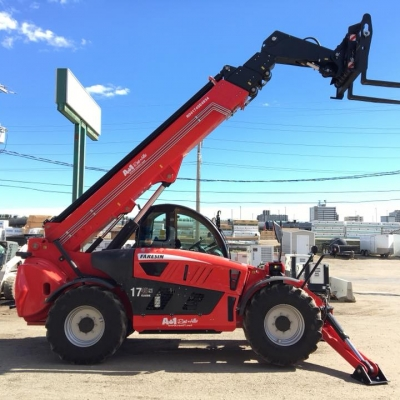 Heavy-duty equipment rental, Regina, SK